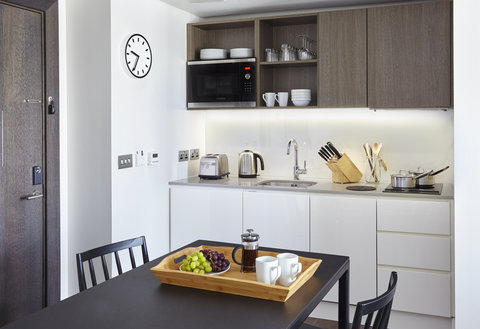 Staybridge Suites LONDON - VAUXHALL - One bedroom suite with fully equipped kitchen