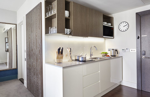 Staybridge Suites LONDON - VAUXHALL - Fully equipped kitchen in all suites
