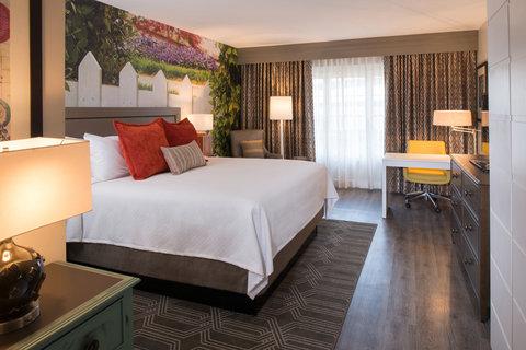 Courtyard Atlanta Vinings - Guest Room
