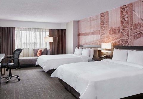 Teaneck Marriott at Glenpointe - Queen Queen Guest Room