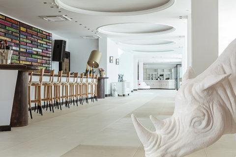 Myconian Imperial Resort & Thalasso Spa Center - Lobby Bar