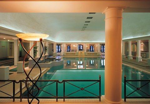 Hanbury Manor Marriott Hotel & Country Club - Leisure Club Pool