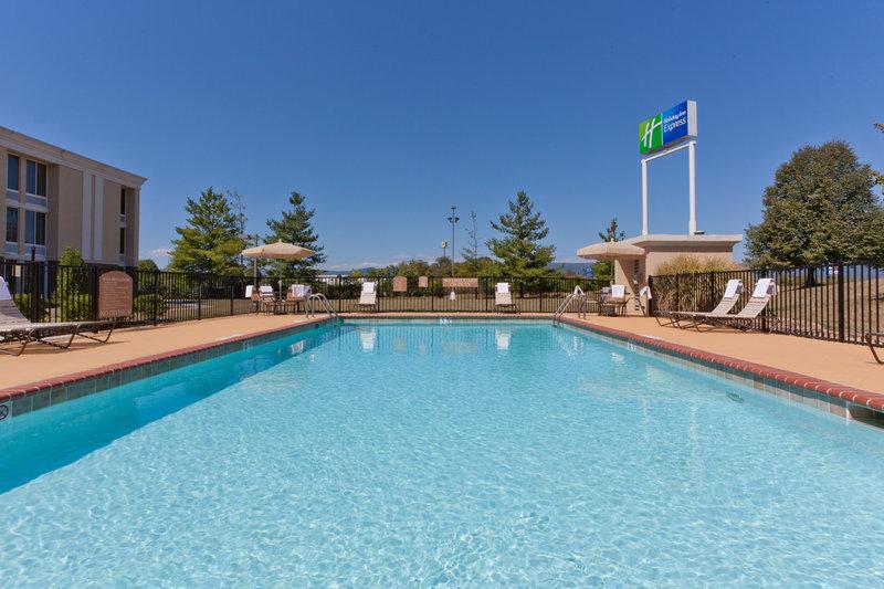 Holiday Inn Express WOODSTOCK-SHENANDOAH VALLEY - Woodstock, VA