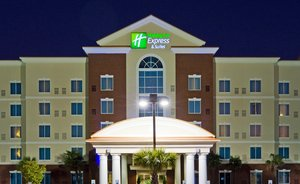 Exterior view - Holiday Inn Express Hotel & Suites Fort Jackson Columbia