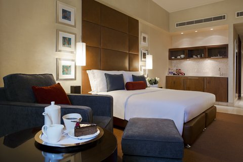 Al Manshar Rotana Hotel - Classic Room