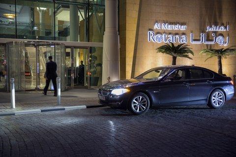 Al Manshar Rotana Hotel - Hotel Entrance