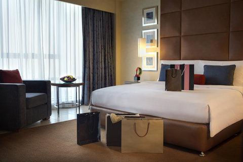 Al Manshar Rotana Hotel - Premium Suite Room