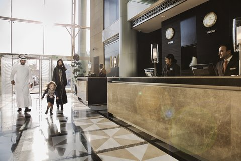 Al Manshar Rotana Hotel - Hotel Lobby