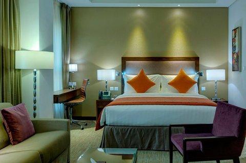 فندق كراون بلازا المدينة - Royal Suite Bed Room