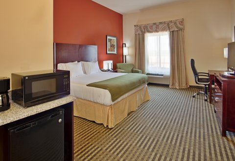Holiday Inn Express & Suites GUTHRIE NORTH EDMOND - King Bed Guest Room