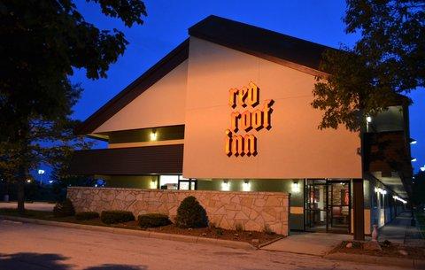 Red Roof Inn Benton Harbor St Joseph - Exterior Night