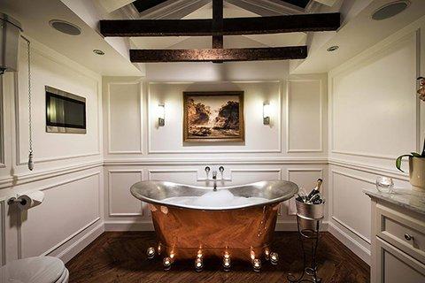 Thainstone House Hotel - Thainstone House Inverurie Suite Bath