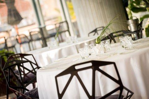فندق كلاريس جي إل - Restaurant La Terraza del Claris