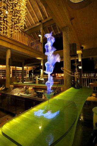 Six Senses Laamu - Chill Bar Interior