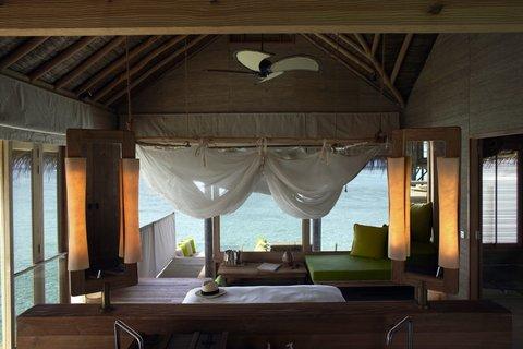 Six Senses Laamu - Water Villa Interior