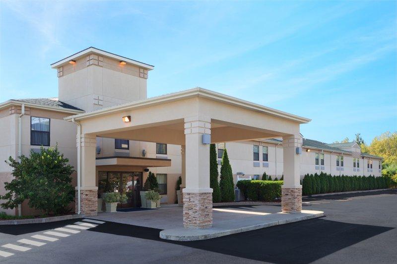 Holiday Inn Express - Hartford, AR
