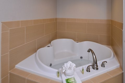 Holiday Inn Express CRESTWOOD - Relax in the whirlpool tub after a long day