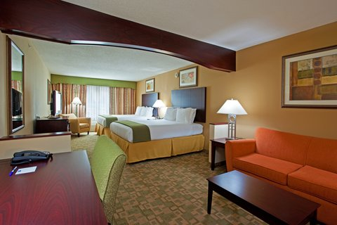 Holiday Inn Express & Suites DAYTON SOUTH FRANKLIN - Two Queen Suite at the Holiday Inn Express Franklin Ohio