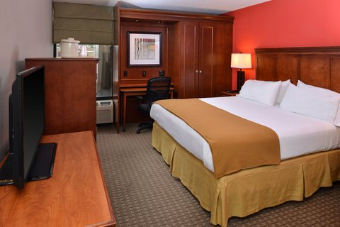 Holiday Inn Express CRESTWOOD - Enjoy complimentary WiFi in all rooms