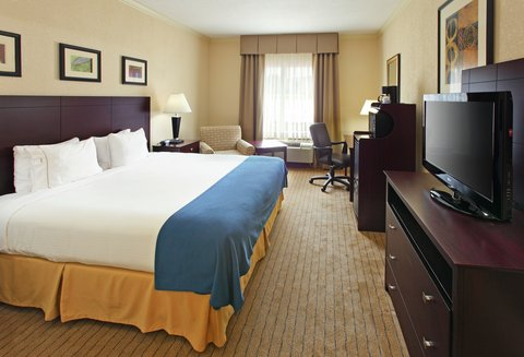 Holiday Inn Express Fort Smith Executive Park Hotel - King Bed Guest Room