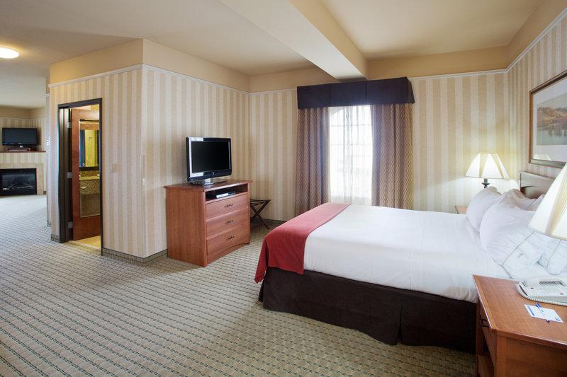 Holiday Inn Express & Suites ASTORIA - Henderson Harbor, NY