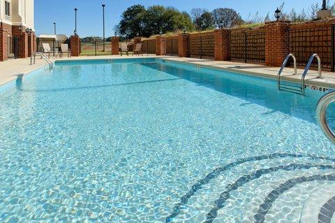 Holiday Inn Express & Suites TALLADEGA - Swimming Pool