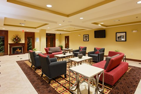 Holiday Inn Express & Suites TALLADEGA - Hotel Lobby