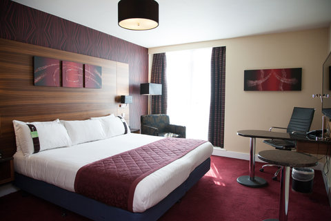 Holiday Inn BIRMINGHAM CITY CENTRE - Make yourself at home in one of our Executive Guest rooms