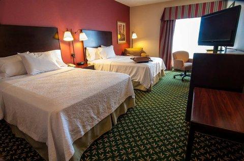 Hampton Inn Boise - Airport - Standard Guest Room - 2 Queen Beds