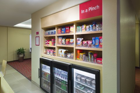 TownePlace Suites Harrisburg Hershey - In A Pinch Market