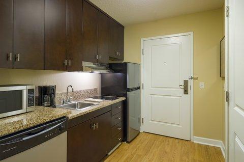 TownePlace Suites Harrisburg Hershey - Studio   Larger Suite Kitchen