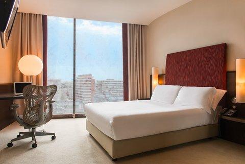 Hilton Garden Inn Bari Hotel - Single Room