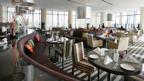 Holiday Inn ABU DHABI - Silk Route is perfect for Friday brunch with the family