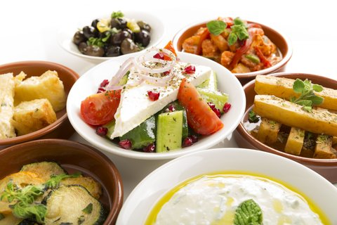 Holiday Inn ABU DHABI - If you love tapas  you will love dining with us
