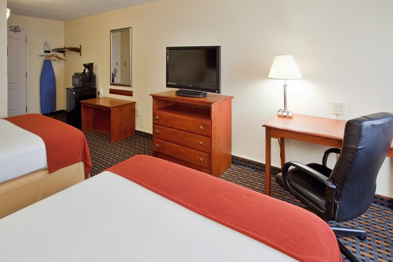 Holiday Inn Express Jacksonville in Jacksonville, NC, photo #17