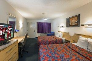 Room - Red Roof Inn & Suites Myrtle Beach