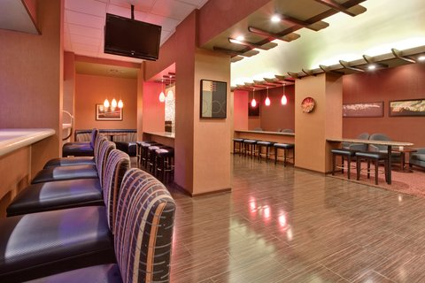 'Holiday Inn Los Angeles International Airport Hotel' - Bar Lounge