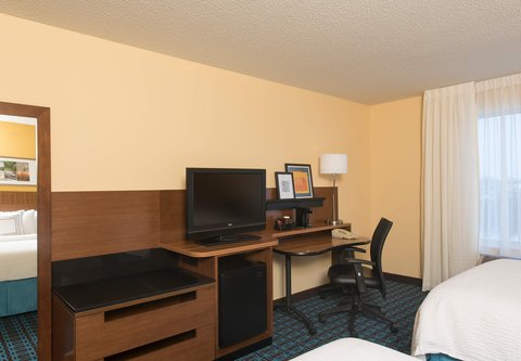 Fairfield Inn And Suites St Charles Hotel - Double Double Guest Room - Work Desk