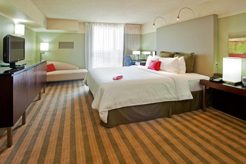 Crowne Plaza CHICAGO METRO DOWNTOWN - Standard Room with King Size Bed