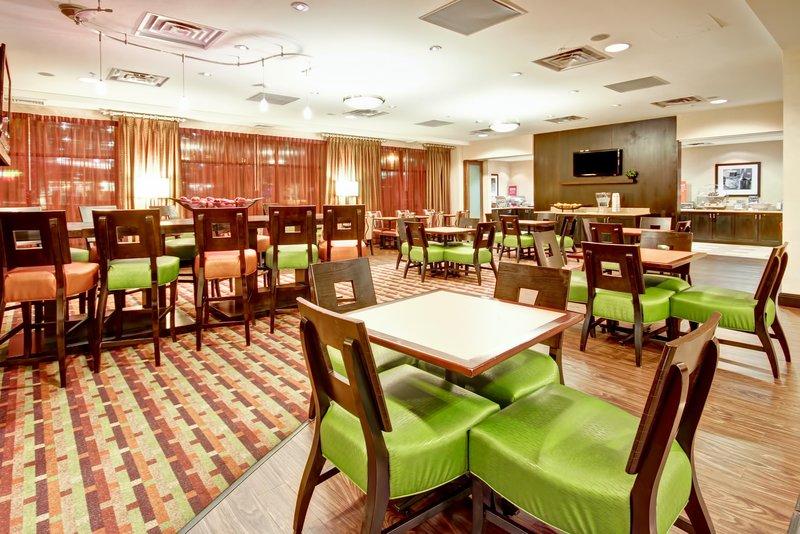 Hampton Inn & Suites Denver-Downtown Co