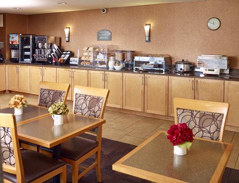 LivINN Hotel Sharonville - LivInn Hotels Cincinnati Breakfast Area A