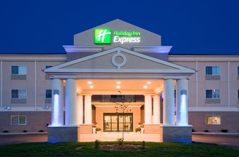 Holiday Inn Express DEVILS LAKE - Welcome to the Holiday Inn Express Devils Lake