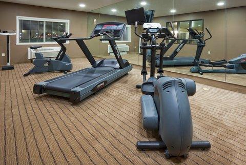 Holiday Inn Express DEVILS LAKE - 24 Hour Fitness Center