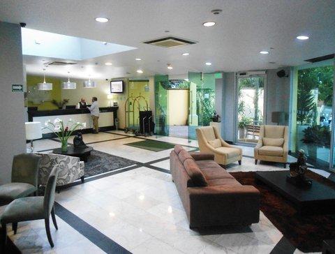 Holiday Inn Cuernavaca Hotel - lobby and front desk