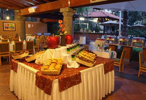 Holiday Inn Cuernavaca Hotel - Restaurant