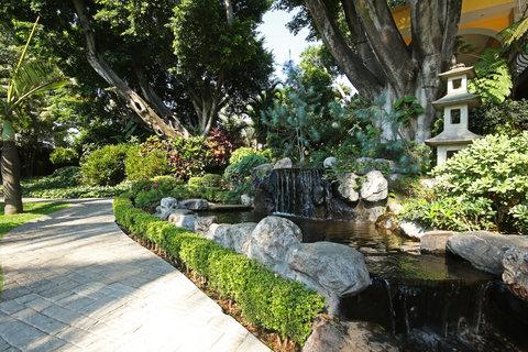 Holiday Inn Cuernavaca Hotel - Scenery   Landscape