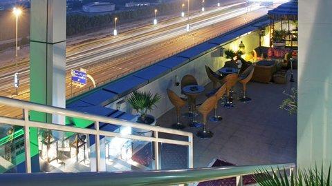 فندق هوليدي ان البرشا - Xennya Terrace - Hubbly Bubbly Bar