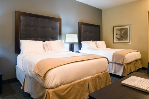 Holiday Inn Express Hotel & Suites Waycross - Two Queen