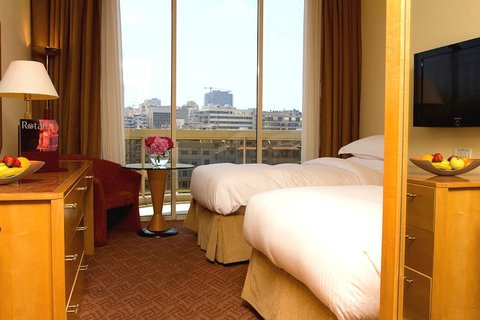 Gefinor Rotana Hotel - Club Twin Room