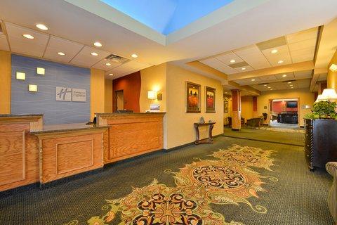 Holiday Inn Express Rochelle - Hotel Lobby